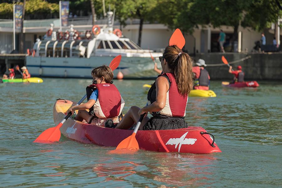 27 de octubre, Visita histórica guiada por el río en kayak