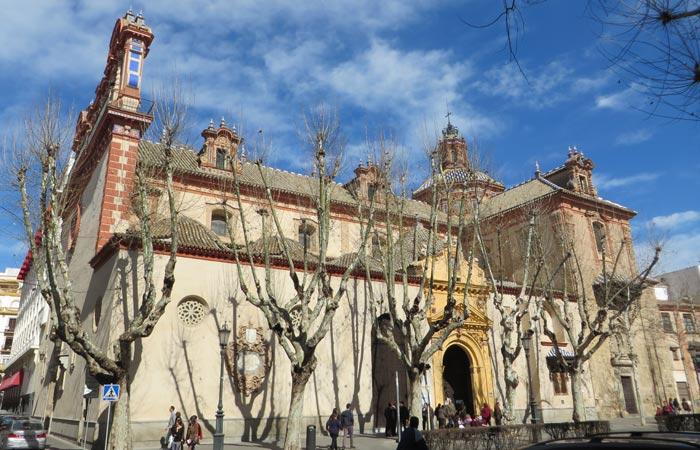 18 de enero, visita externa a la Iglesia de La Magdalena